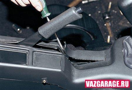 Как снять панель приборов на ВАЗ-2110: инструкция с видео
