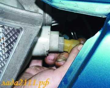 Как снять фару на ВАЗ-2110: инструкция с видео