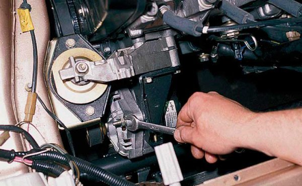 Замена подшипников генератора ВАЗ 2110 своими руками: инструкция