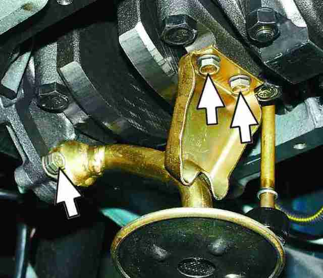 Защита двигателя Лада Приора: какая лучше, установка своими руками