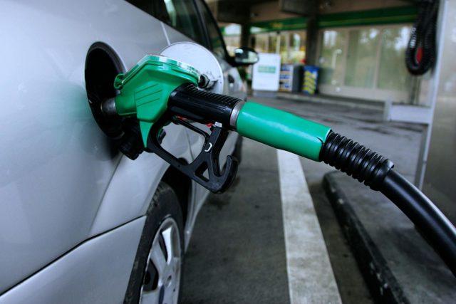 Расход топлива на 100 км на Ладе Гранта 8 и 16 клапанов по трассе и в городе: показатели