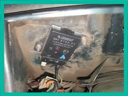 Где находится реле зарядки ВАЗ 2107: схема, расположение