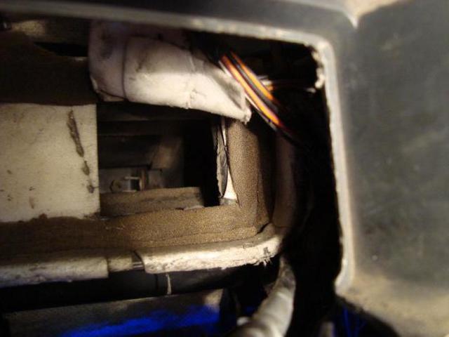 Почему дует холодный воздух из печки ВАЗ-2114 и что делать?