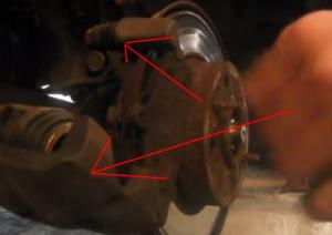 Замена тормозных колодок на Лада Приора с АБС и без АБС: видео