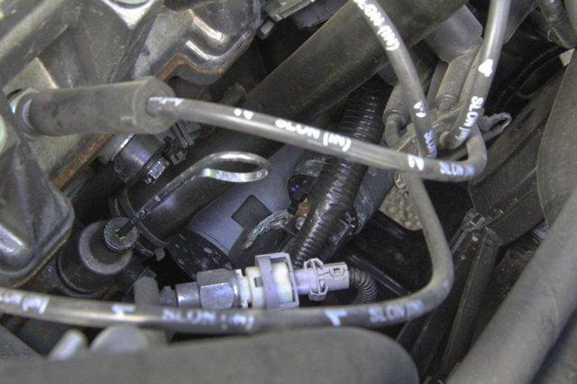 Какой двигатель лучше на Лада Ларгус: 8 или 16 клапанный (видео обзор)