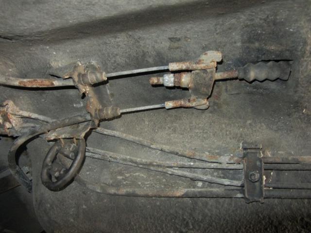 Как подтянуть ручник на Лада Приора: пошаговая инструкция