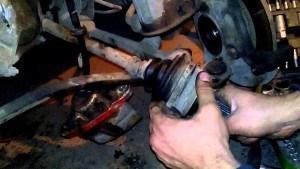 Замена пыльника ШРУСа ВАЗ 2110 без снятия ШРУСа: видео инструкция