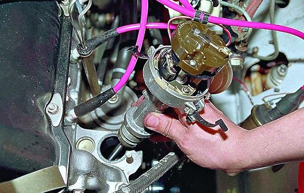 Замена прокладки головки блока цилиндров ВАЗ-2107 (инжектор, карбюратор) своими руками