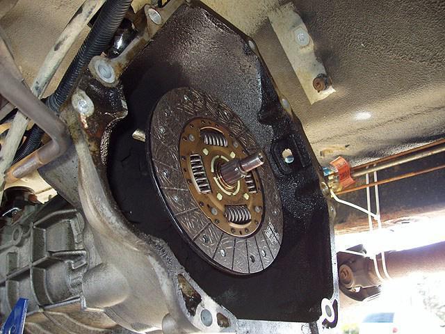 Почему буксует сцепление на ВАЗ 2107 и как это исправить?