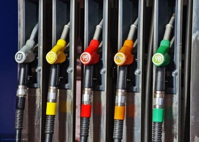 Какой бензин заливать в Ладу Ларгус: рекомендации