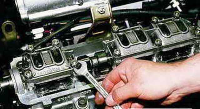 Замена сальника распредвала ВАЗ 2114 8 клапанов: видеоинструкция