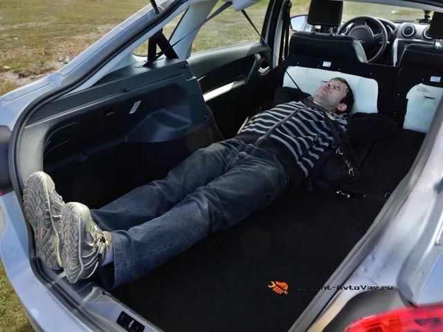 Объем багажника Лады Гранта лифтбек: реальные показатели