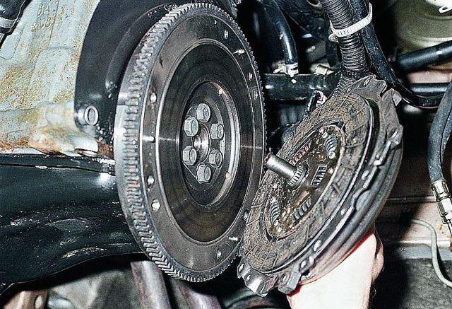 Какое сцепление лучше поставить на ВАЗ 2107?