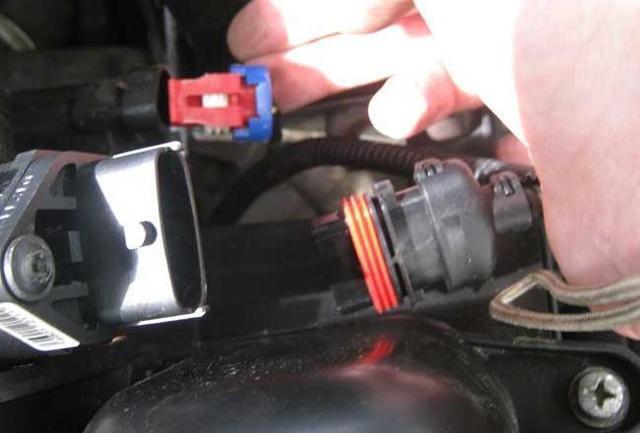 Замена масла в КПП на Лада Гранта с тросовым приводом: видео