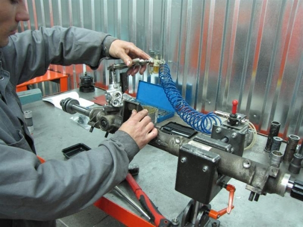 Замена рулевой рейки ВАЗ 2109 своими руками: видеоинструкция