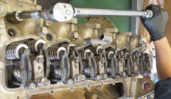 Порядок затяжки головки блока цилиндров ВАЗ-2106: схема