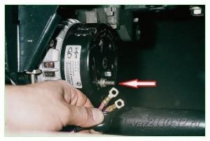 Как снять генератор на ВАЗ-2110 на 8 или 16 клапанов?