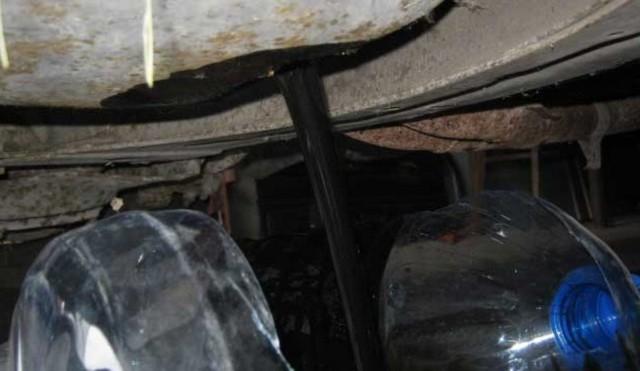 Сколько масла нужно заливать в двигатель ВАЗ 2107?
