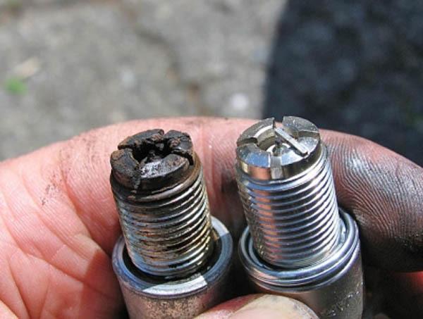 Почему заливает свечи на ВАЗ-2109 карбюратор: причины