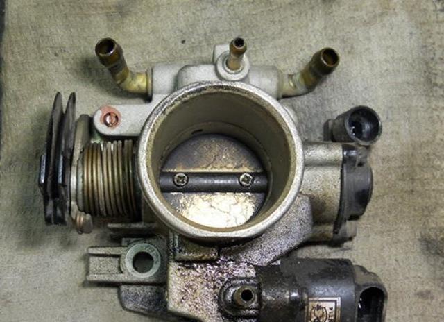 Плавают обороты ВАЗ 2109 (карбюратор, инжектор): причины, ремонт