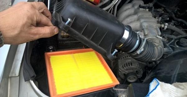 Замена радиатора охлаждения Шевроле Нива: пошаговая видеоинструкция